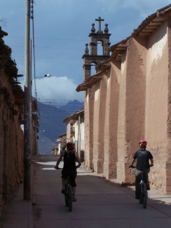 Maras - Moray bike tour