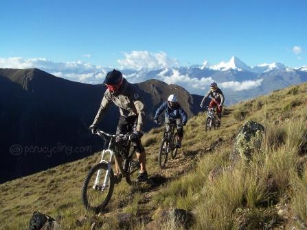Off the beaten trail www.perucycling.com