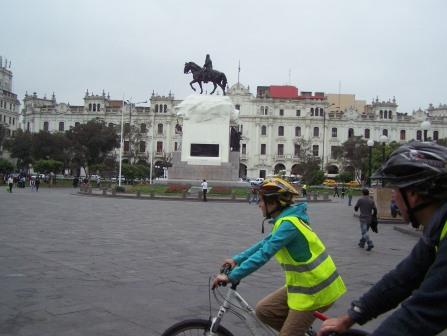 Lima cicty bike tour www.perucycling.com