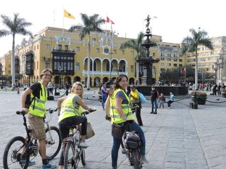 Lima city bike tour www.perucycling.com